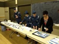 Preparing the cakes